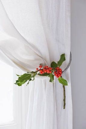 Christmas Curtains to Make Yourself